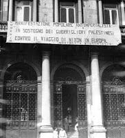 1970 Roma Movimento studentesco contro la visita di Nixon