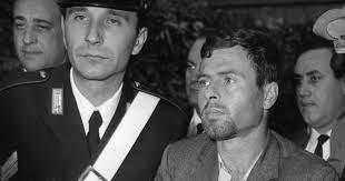 """Muore Sante Notarnicola, """"poeta bandito"""" della banda Cavallero. Nel 1968 è  stato condannato all'ergastolo"""